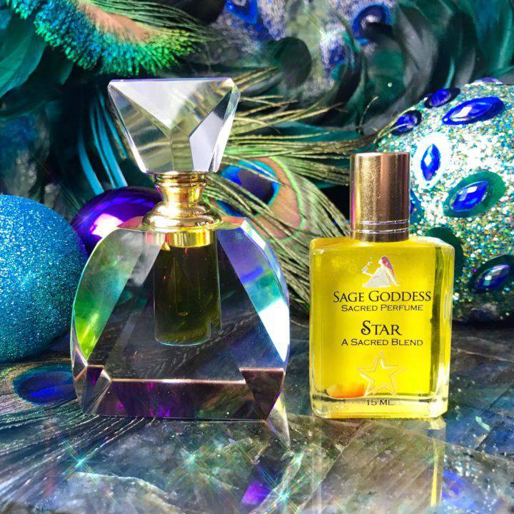 Crystal_Perfume_Bottle_with_Star_Perfume_1OF3_11_24