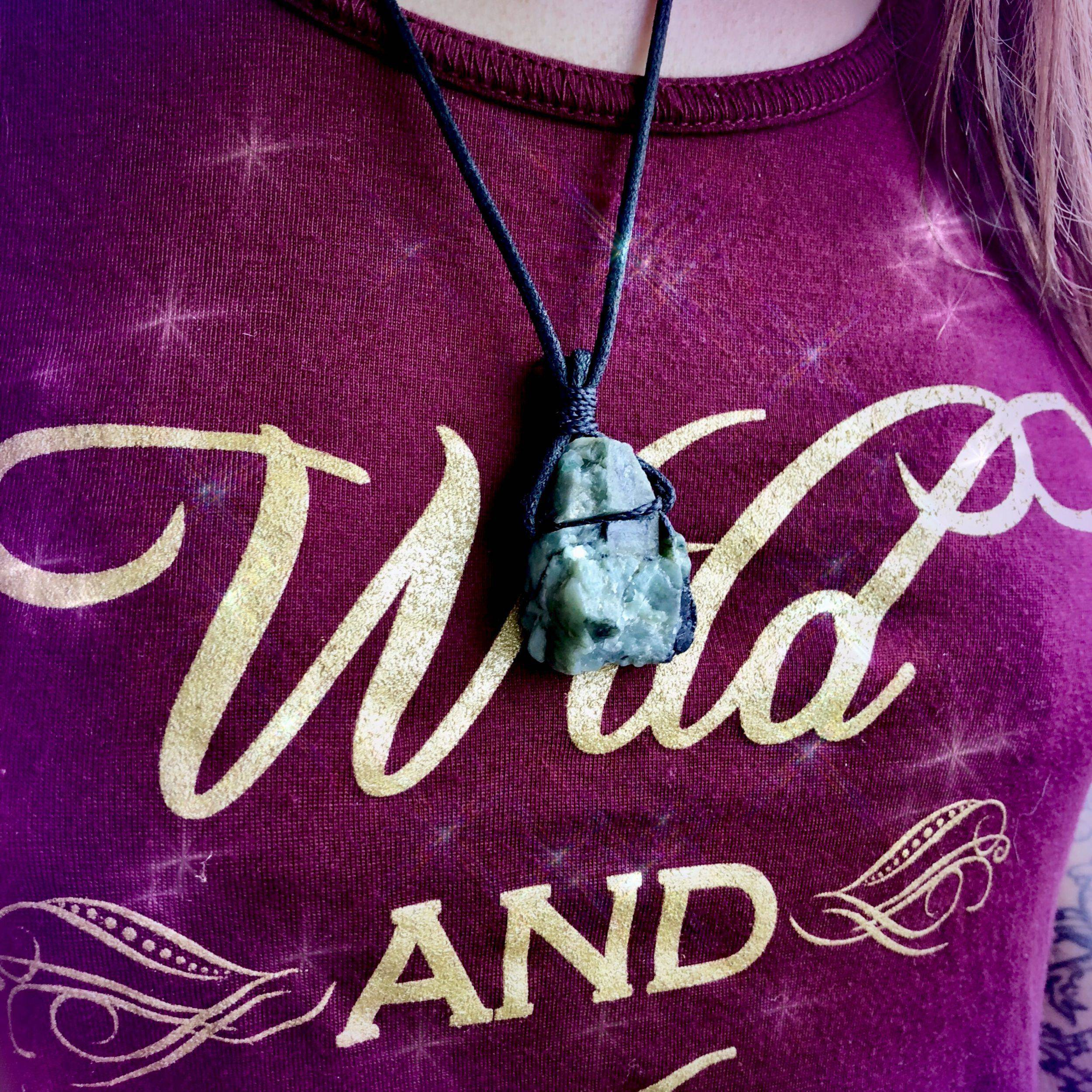 Emerald_Cord_Necklace_1of3_11_15