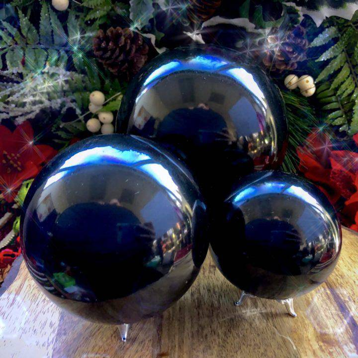 Large_Perseverance_Black_Onyx_Sphere_with_intuitively_selected_Perfume _DD_4of4_11_26