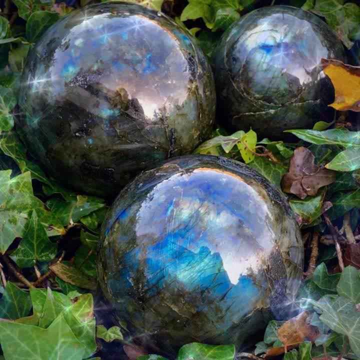 New_Moon_Labradorite_Sphere_DD_1of4_11_24