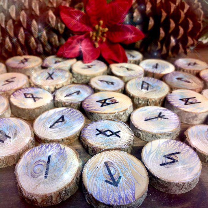 Intuitive_Rune_Readings_1of2_12_1
