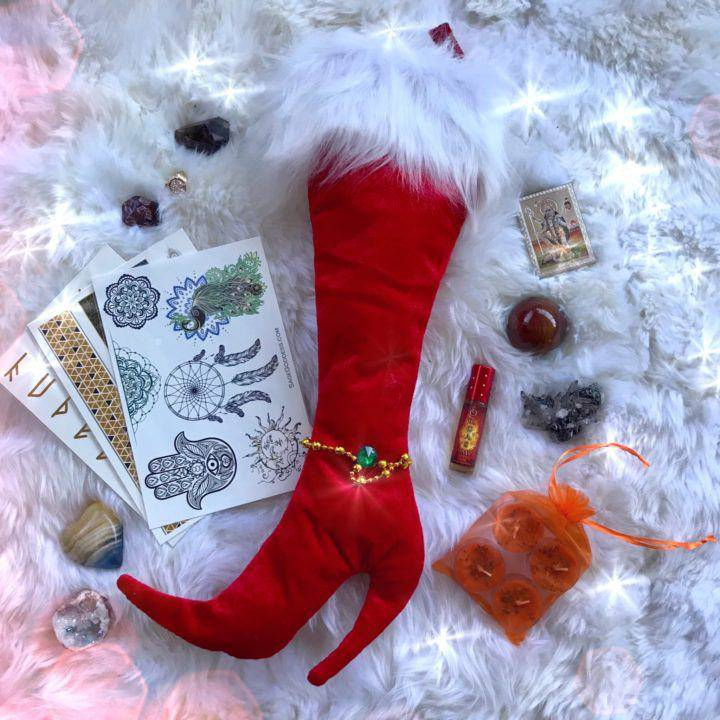 Intuitive_Surprise_Stockings_1of2_12_2