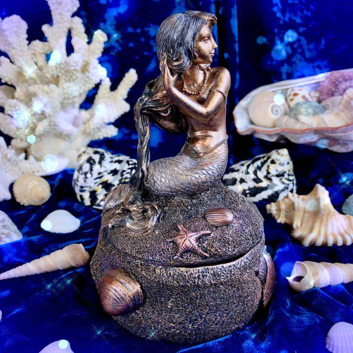 Mermaid_Magic_Boxes_with_Intuitive_Surprise_4of5_6_25