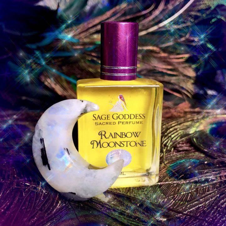 Rainbow_Moonstone_Luminescent_Luna_with_Rainbow_Moonstone_Perfume_1of3_12_24
