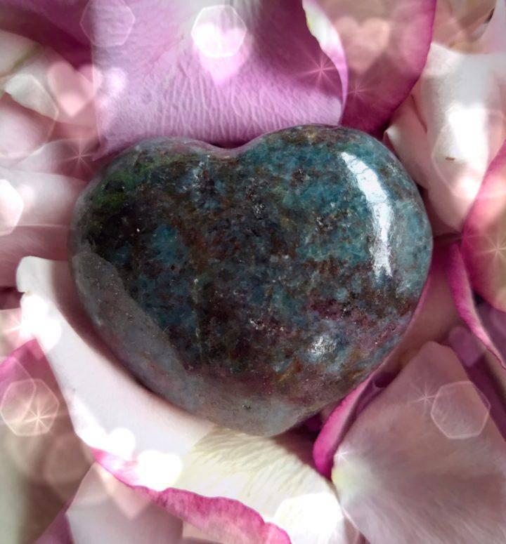 Alignment_in_Love_Ruby_Kyanite_Heart_3of3_1_11
