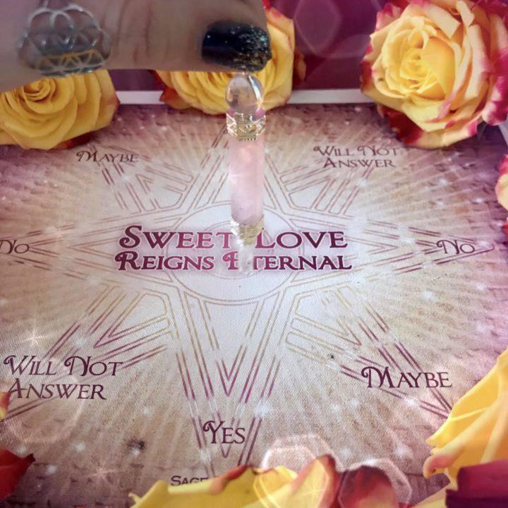 Sweet_Love_Reigns_Eternal_Pendulm_Mat_with_Rose_Quartz_Pendulum_4of4_1_7