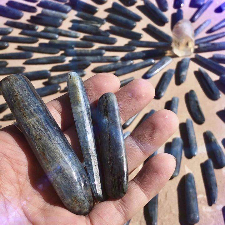 Tumbled_Blue_Kyanite_Wands_2of5