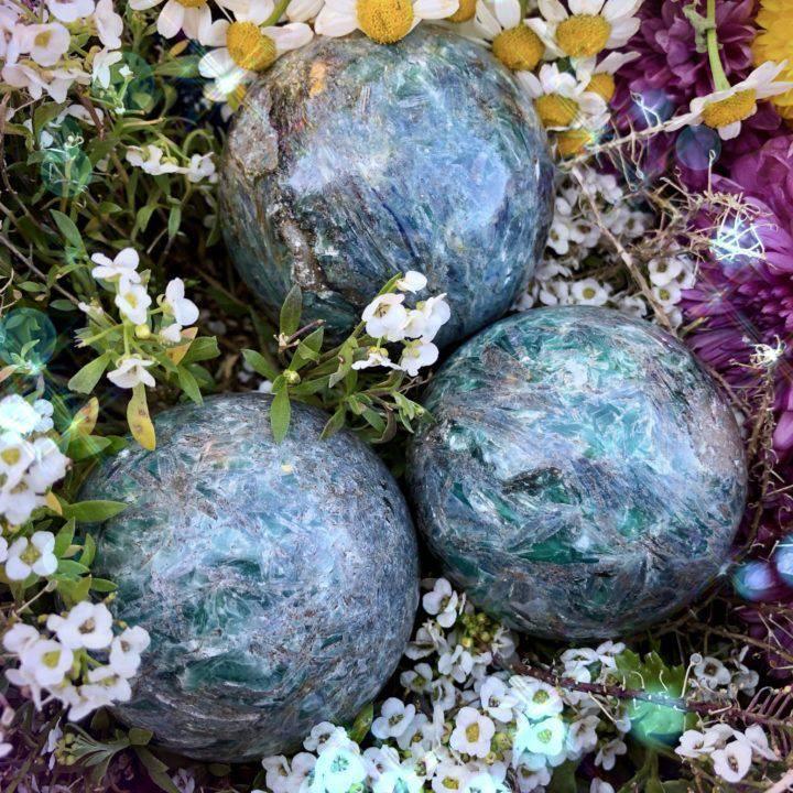 Aligned_Healing_Blue_Green_Kyanite_Sphere_3of3_3_2