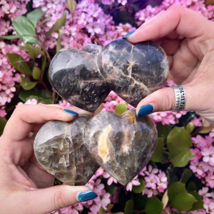 Black_Moonstone_Double_Heart_1of3_4_6