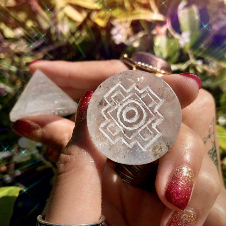 Clear_Quartz_Cones_with_the_Sri_Yantra_Engraved_on