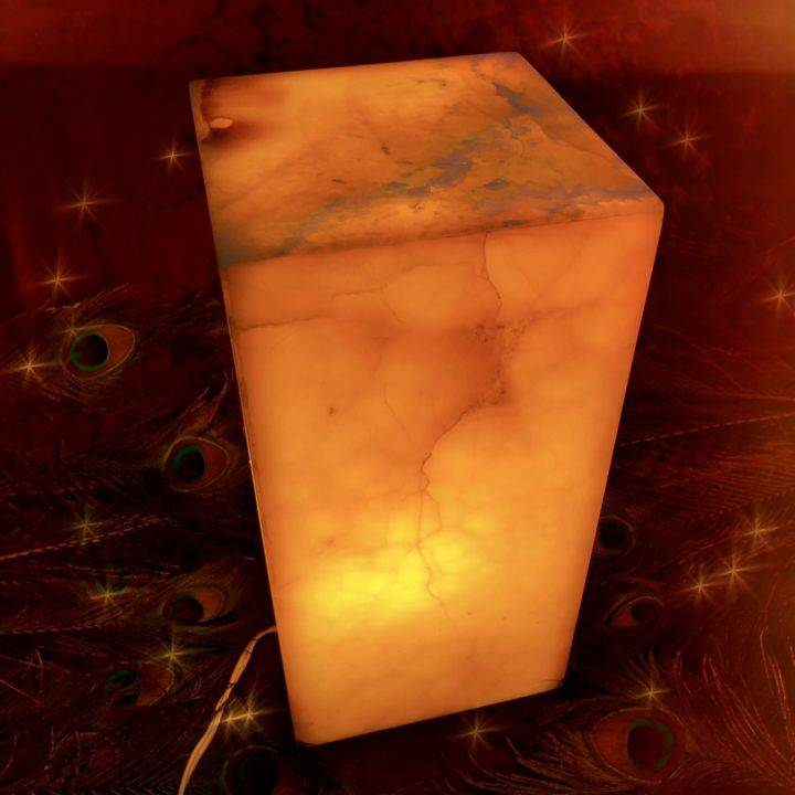 Gemstone_Lamp_Orange_Calcite_Wholesale_1of3
