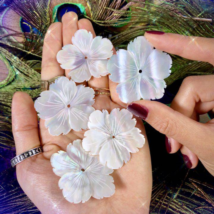 Mother_of_Pearl_Flowers_Wholesale_2of3