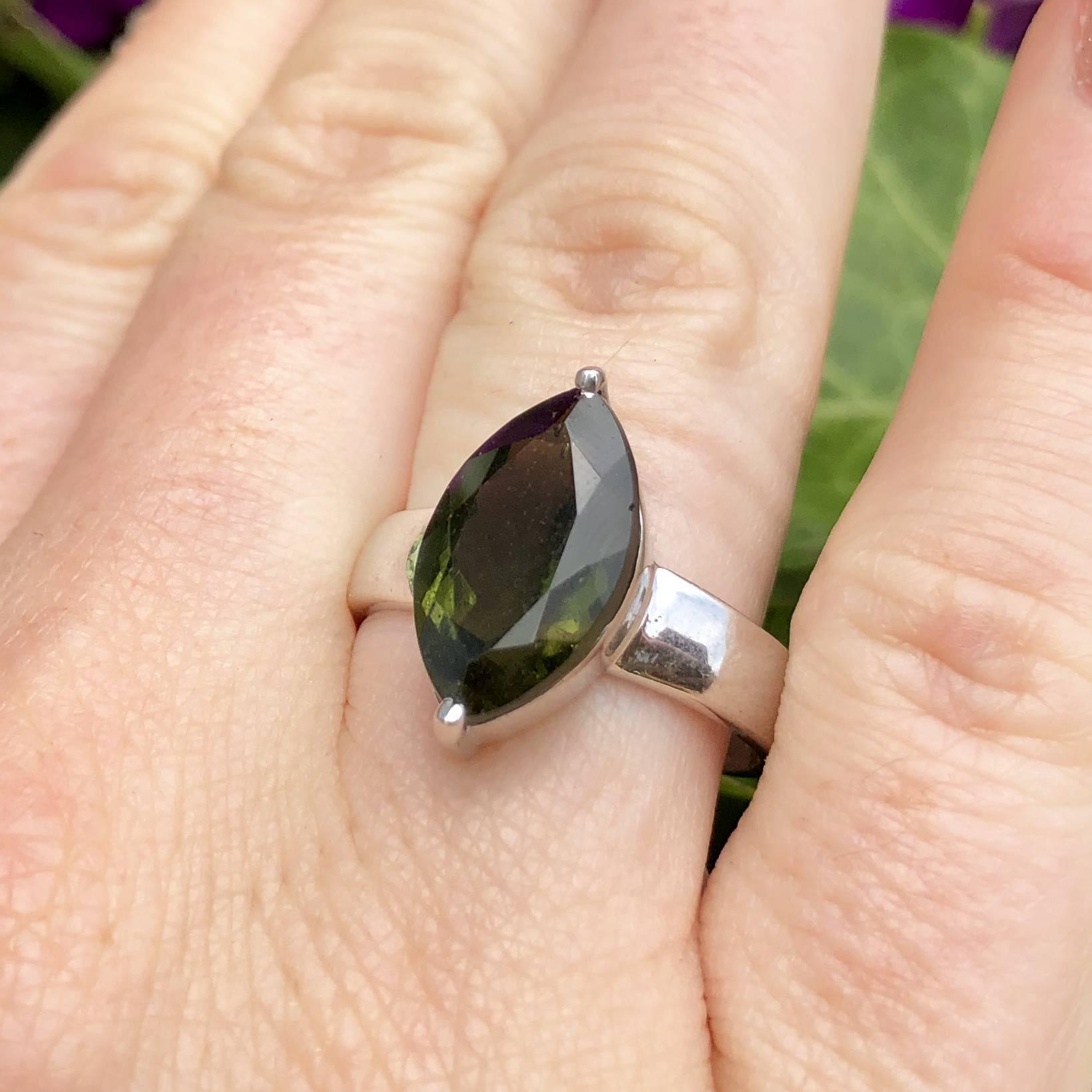 Gemstone Sale: Faceted Moldavite Ring Size 9