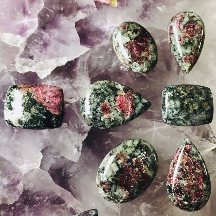 Eudialyte_Cabochons_2of3_7_15