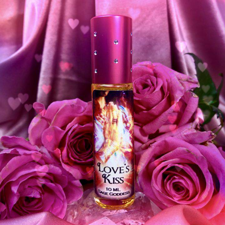 Love's_Kiss_Perfume_1of1_7_28