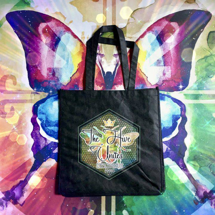 Retreat_Tote_PREORDER_3of4_7_1