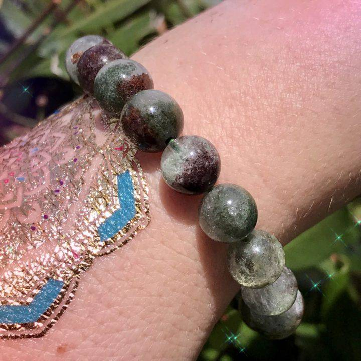 Shaman_s_Dream_Stone_Bracelets_with_Shaman_Perfume_Dram_2of3_7_11