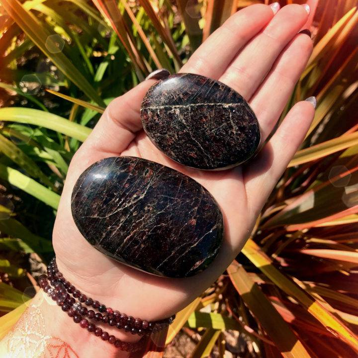 Almandine_Garnet_Palm_Stone_Duo_DD_1of3_8_18