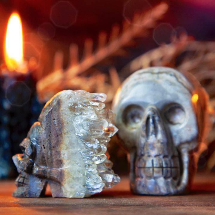 Crystal_cluster_skulls_DD_4of4_8_27