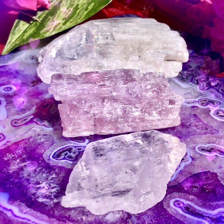 Harmonic_Healing_Kunzite_Crystals_DD_1of5_8_2