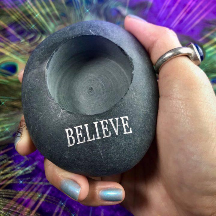 River_Rock_Tealight_Holder_Believe_Wholesale_2of3