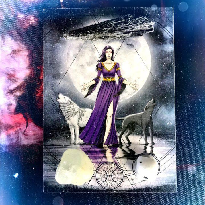 The_Moon_XVIII_Ritual_Set_DD_5of6_8_15