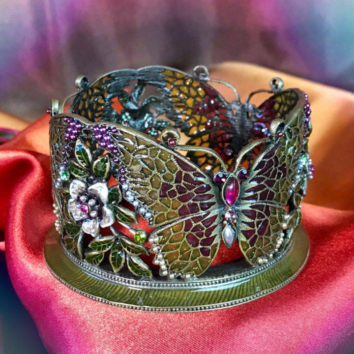 Transformation_Jeweled_Butterfly_Sphere_Stands_DD_5of5_8_14