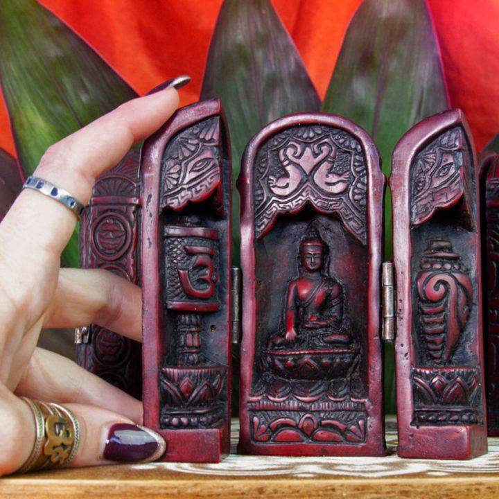 Traveling_Altar_for_Sacred_Space_To_Go_2of3_8_30
