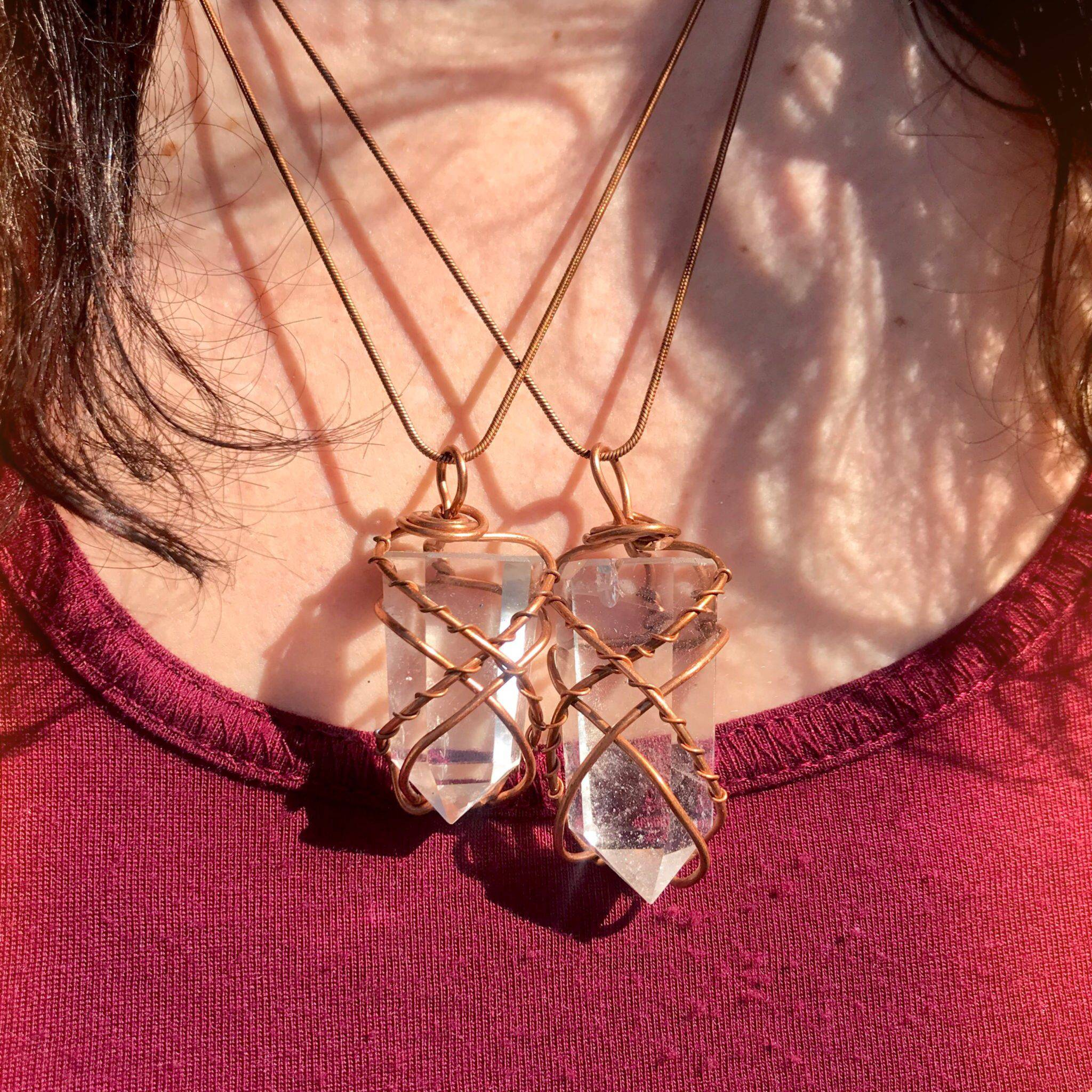 Real Copper wire wrapped quartz crystal point healing pendant