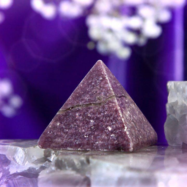 Lepidolite_Pyramids_3of3_9_1