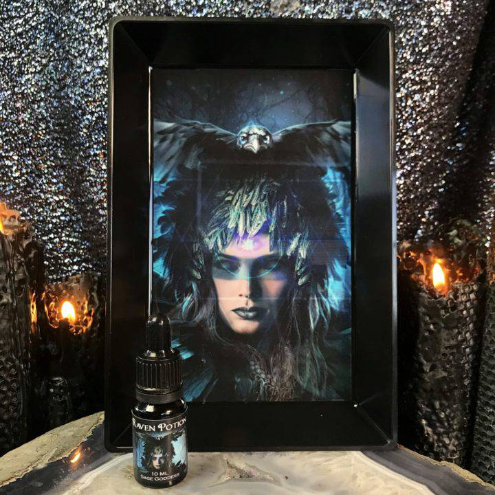 Raven_Tray_and_Raven_Potion_Perfume_Duo_DD_1o3_9_27