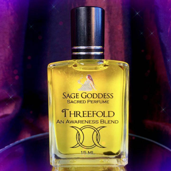 Red_Jewled_Mini_Perfume_bottle_W_Threefold_Perfume_DD_3of3_9_22.