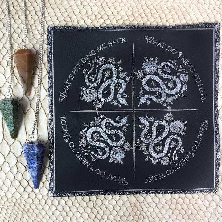 Snake_New_Moon_Spirit_Animal_Set_for_ritual_with_Athena_5of5_9_27