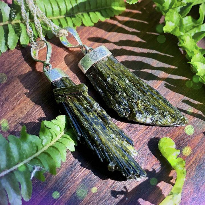 Natural_Green_Epidote_Pendants_1of3_10_16