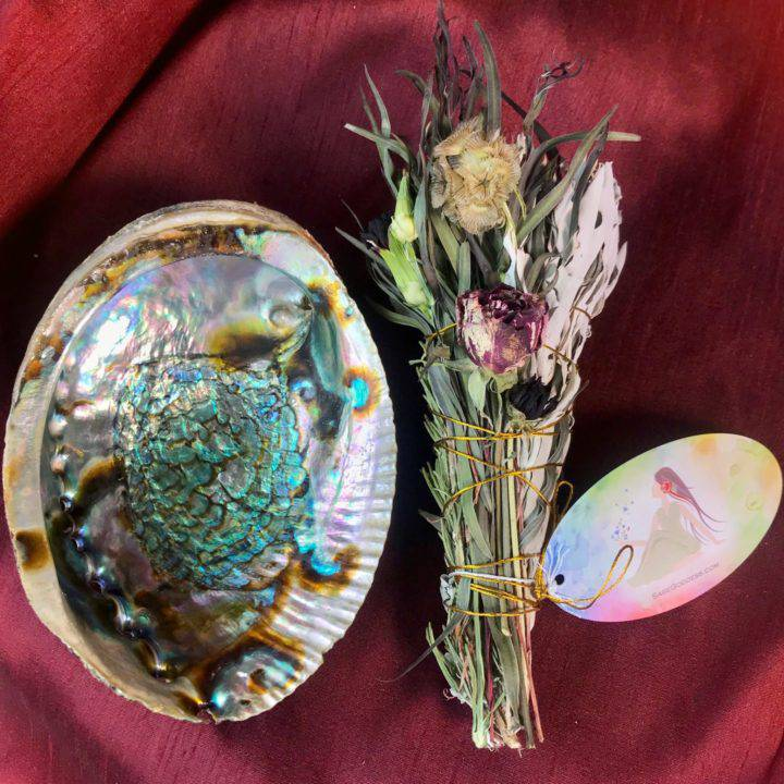 Samhain_Bundles_with_Abalone_Shell_3of3_10_8