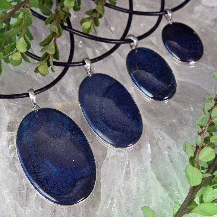 Self_Healing_Vivianite_Pendants_DD_1of3_10_6