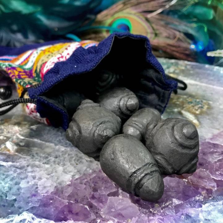 Hiwaya Black Meteorite Chumpi Stones