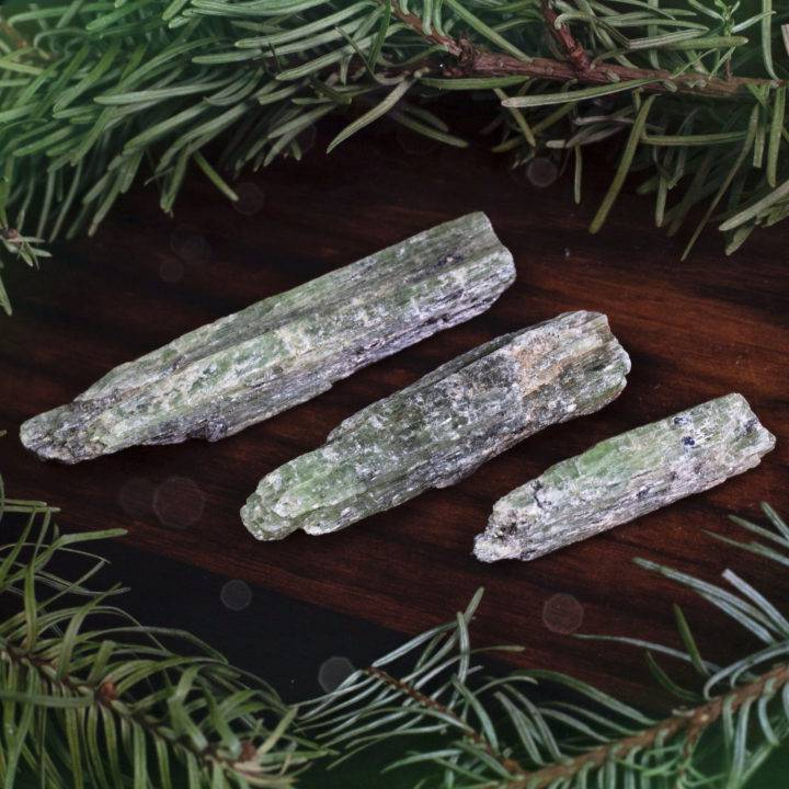 Heart Healing Green Kyanite Blades