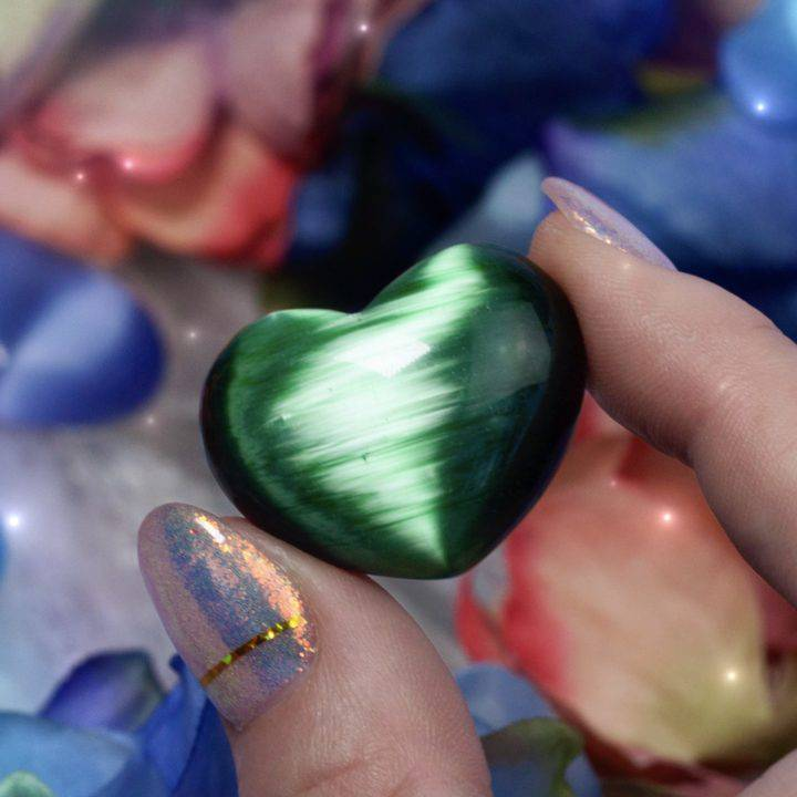 Intuitively Chosen Cat's Eye Hearts
