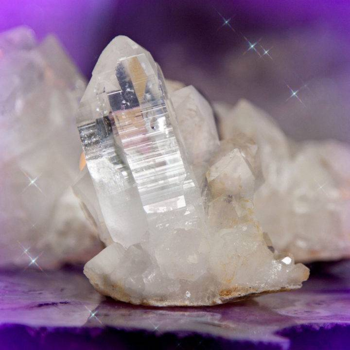 Clear Quartz Illumination and Amplification Clusters