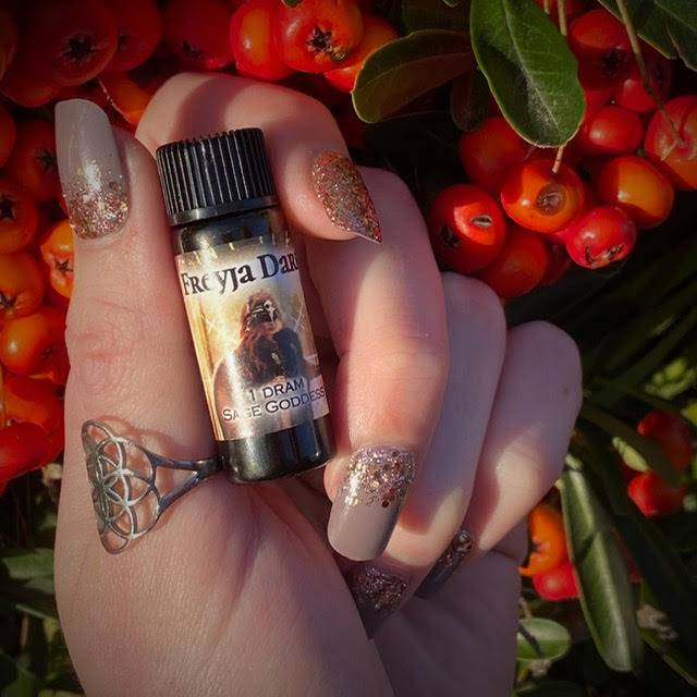 Freyja Dark Perfume