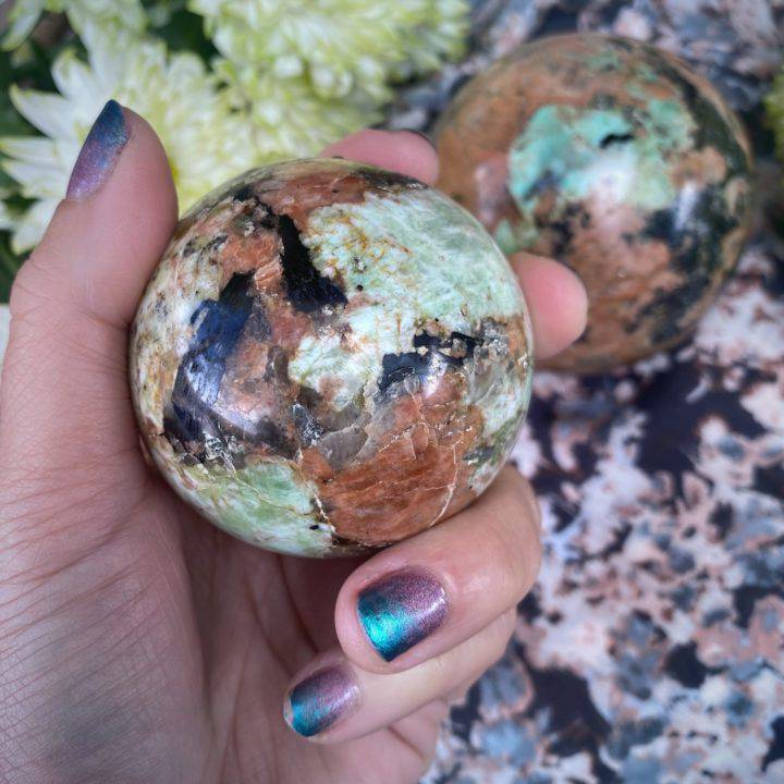 Calcozite Medicine Space Spheres