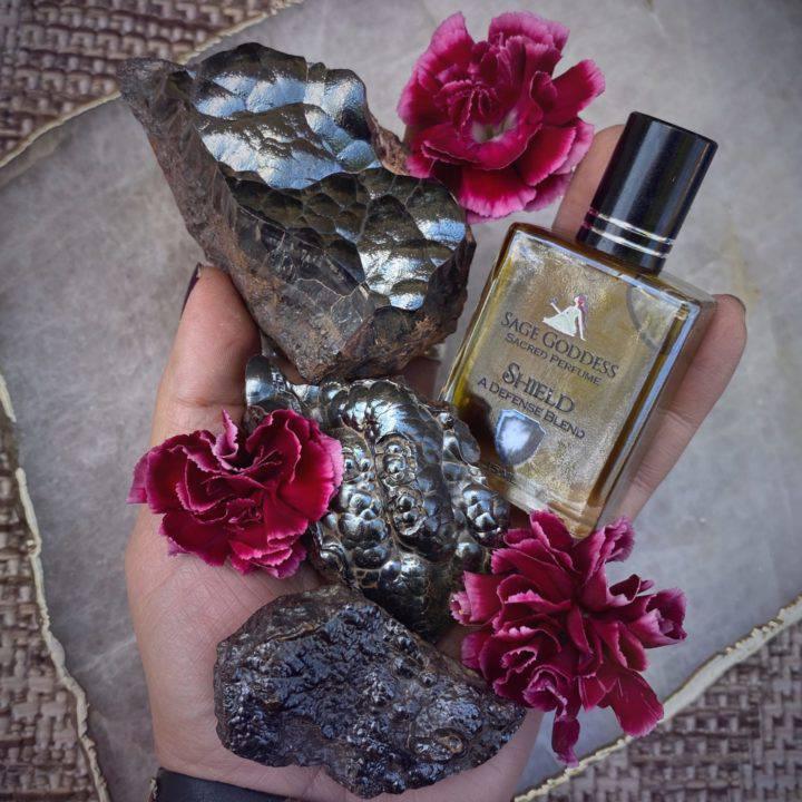 Natural Hematite with Shield Perfume