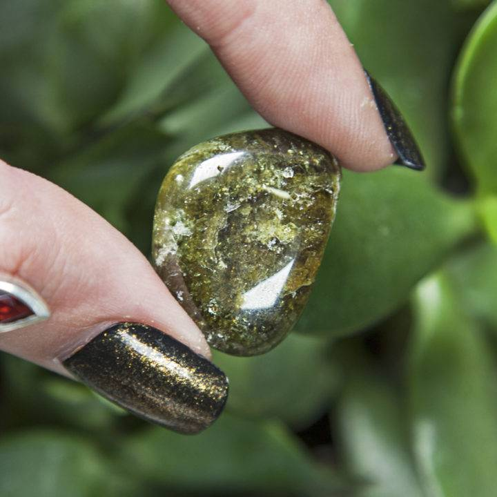 Tumbled Green Garnet