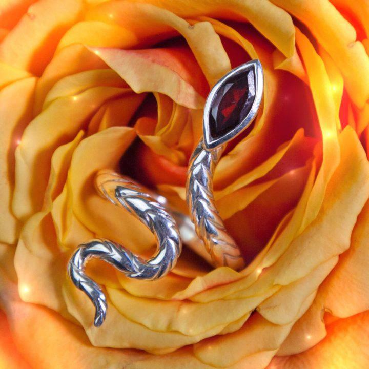 Athenas Wisdom Integration Snake Ring