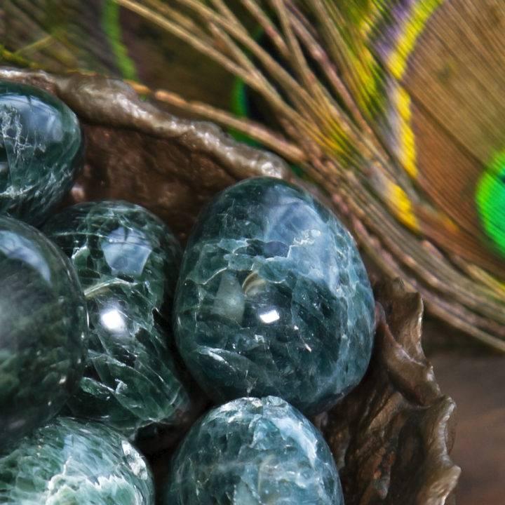 tumbled green apatite