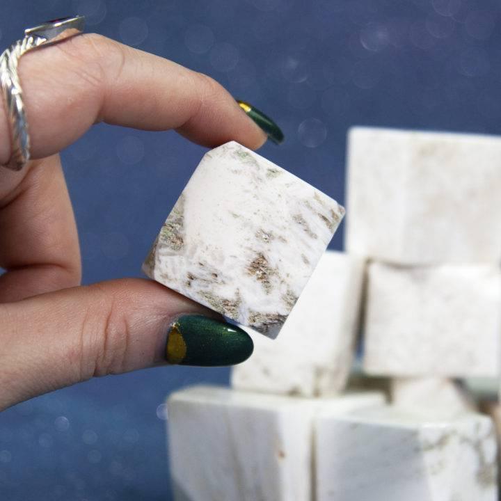 Scolecite Meditation Cubes