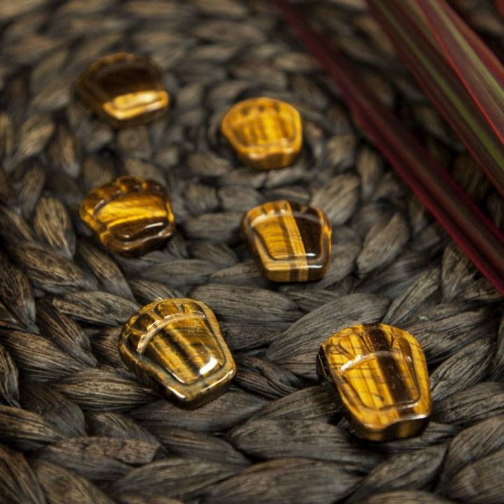 Tigers Eye Cat Paws