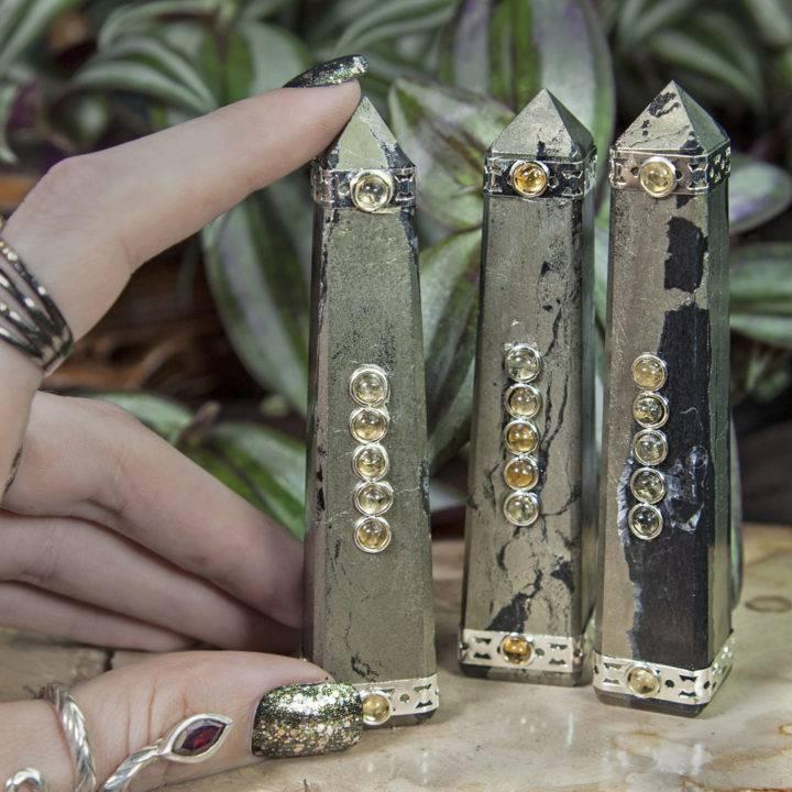 Prosperous Healer Obelisks
