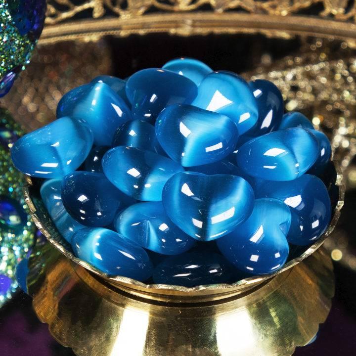 Blue Cats Eye Hearts